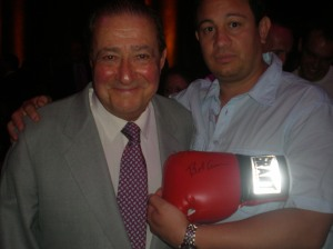 Bob Arum signing glove for www.substancecollectables.com