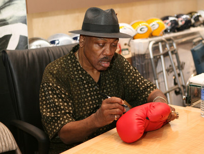 """Smokin"" Joe Frazier Signed Boxing Glove at www.substancecollectables.com"